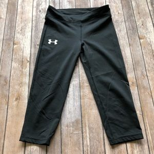 Under Armour Black Cropped Leggings XS